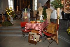 Die Pfarrkirche Alpnach ist für den Erntedankgottesdienst geschmückt. (Bild: Robert Hess (OZ))