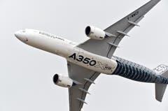 Ein Airbus A350 XWB Flugzeug während der Flugschau. (Bild: HERVE GOUSSE / AIRBUS)