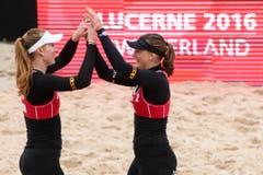 Die Schweizerinnen Selina Marolf (links) und Dunja Gerson verloren gegen das Team aus Holland Stubbe/Daalderop mit 0:2 (11-21, 20-22). (Bild: FIVB)