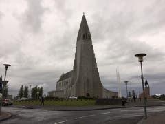 Die Hallgrimskirche: Das Wahrzeichen der Stadt. (Bild: Marion Loher)