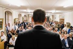 1. PREIS SCHWEIZER REPORTAGEN: NIELS ACKERMANN - Bundesratskandidat Pierre Maudet spricht in Genf vor seiner Partei. (Bild: (SWISS PRESS PHOTO/Niels Ackermann fuer Lundi 13))