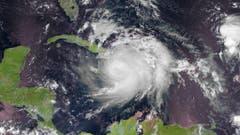 Satelliten-Aufnahme des Sturms zwischen Kuba und Haiti. (Bild: Keystone)