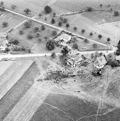 Das Unglück forderte 80 Menschenleben, 43 Opfer stammten aus dem kleinen Züricher Unterländer Dorf Humlikon. (Bild: Keystone / Str)