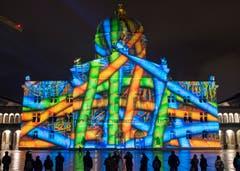 Auf dem Berner Bundesplatz startet am 16. Oktober das neue Ton- und Lichtspektakel «Rendez-vous Bundesplatz». (Bild: Keystone / Lukas Lehmann)