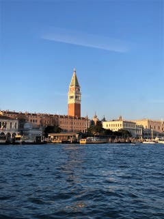 Ein wunderschöne Kulisse zum Verlieben, gerne wäre wohl jeder noch länger in Venedig geblieben. (Bild: Margrith Imhof-Röthlin)