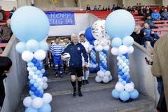 Schiedsrichter Rifet Bergovic führt die Truppe an. (Bild: Werner Schelbert / Neue ZZ)