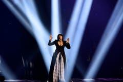 Die Mazedonierin Kaliopi performt ihr Lied «Dona». (Bild: EPA/MAJA SUSLIN)
