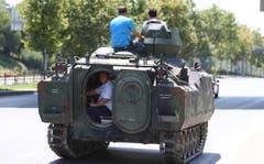 Dieser wurde nach dem militärischen Putschversuch von der Polizei beschlagnahmt. (Bild: EPA/TOLGA BOZOGLU)