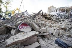 Ein Bild der starken Zerstörung in Amatrice. (Bild: EPA / Massimo Percossi)