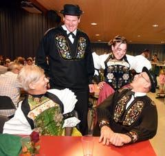 Urchig Nidwaldner Trachtenleute an der Bundesfeier in Oberdorf. (Bild: Romano Cuonz (Neue NZ))
