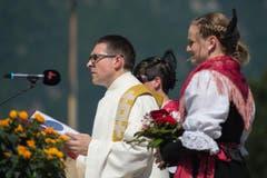 Pfarrer Daniel Krieg während der Sonntagsstille. (Bild: Pius Amrein)
