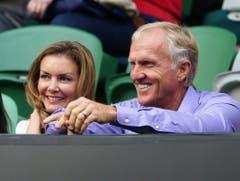 Profi-Golfer Greg Norman - hier mit seiner dritten Ehefrau Kirsten Kutner - musste seiner ersten Gemahlin Laura Andrassy nach 26 Ehejahren 103 Millionen Dollar zahlen. (Bild: Keystone)