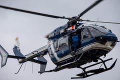 Die Bergung der 150 Toten in der Hochgebirgsregion wird nach Einschätzung der Polizei extrem schwierig werden. Am Mittwoch sollten noch keine Opfer geborgen werden. (Bild: Keystone)