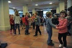 Beim Fest kamen auch die Kinder auf ihre Kosten. (Bild: Urs Hanhart / Neue UZ)