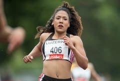 Muswama Kambundji läuft im B-Final über 100 Meter in 12.07 auf Rang 3. (Bild: Keystone / Urs Flüeler)