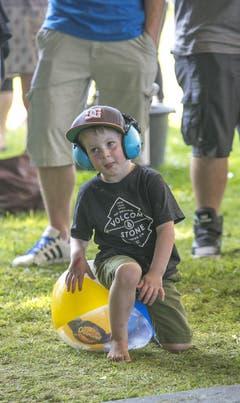 Ein junges Gehör schützt sich. (Bild: André A. Niederberger / Neue NZ)