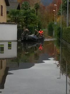 Zivilschutz-Einsatz im Saleggi bei Ascona (Bild: Leser E.U. Küpfer)