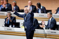 Gianni Infantino freut sich über seine Wahl zum Fifa-Präsidenten. (Bild: AP/Michael Probst)