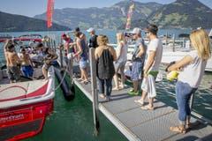Andrang auf die Boote. (Bild: André A. Niederberger / Neue NZ)