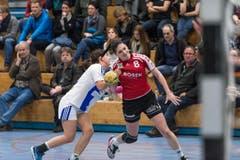 Flavia Kuster von Stans (rechts) gegen Colleen Müller von GC Amicitia. (Bild: Roger Grütter)