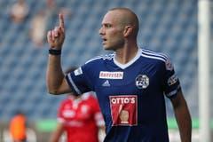 Luzerns Marco Schneuwly bejubelt das 2:2 im Super League Spiel zwischen dem FC Luzern und dem FC Sion. (Bild: Philipp Schmidli)