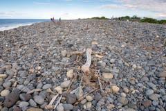 Am Strand von La Réunion wurde das Wrackteil gefunden. (Bild: Keystone)