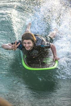 Auch so geht Wakesurfen. (Bild: André A. Niederberger (Neue NZ))