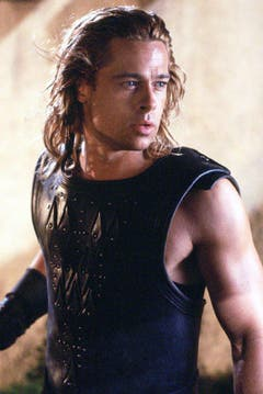 "Reuiger Krieger: Brad Pitt als Achilles im Monumentalfilm ""Troja"" (2004). (Bild: Keystone)"