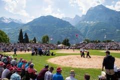 Das Jubiläums-Schwingfest zog viele Besucher an. (Bild: Alexandra Wey / Keystone)