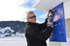 Fünf Franken Eintritt kostet das Schlittschuhlaufen auf dem Sihlsee. (Bild: Charly Keiser / Neue SZ)