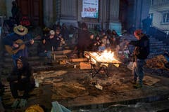 SWISS PRESS PHOTO 18 - 3. PREIS ALLTAG: DOM SMAZ - Obdachlose suchen in Lausanne eine Unterkunft für die Nacht. (Bild: (SWISS PRESS PHOTO/Dom Smaz fuer Le Matin Dimanche))