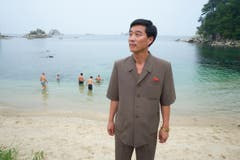 Bewachte Schwimmlektion in der Kumgangsan Region in Kangwon, Nordkorea. (Bild: Martin von den Driesch)