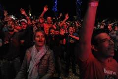 Das Publikum ist begeistert. (Bild: Urs Hanhart (Neue UZ))