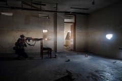 SWISS PRESS PHOTO 18 - 1. PREIS AUSLAND: ALEX KÜHNI - Ein Scharfschütze der irakischen Armee in Mossul. (Bild: (SWISS PRESS PHOTO/ Alex Kuehni für Tages-Anzeiger))