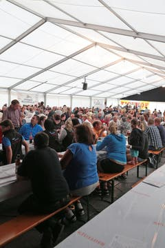 Am Opanair Klewenalp ist heute Freitag die Ländler-Chilbi das Thema. Fotografiert auf der Klewenalp bei Beckenried. (Bild: Roger Zbinden (Neue LZ))