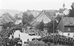 Gedenkfeier am 9. September 1963 in Dürrenäsch. (Bild: Keystone / Str)