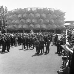Die Einweihung des Armeepavillons 'Wehrhafte Schweiz' (Bild: Keystone / Str)