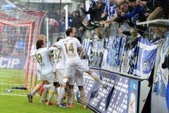 Die Spieler des FC Luzern feiern eines ihrer Tore. (Bild: Keystone)