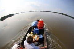 Die Elbe ist über die Ufer getreten. Weite Landstriche sind überflutet. (Bild: Keystone)