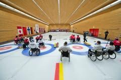 Die Teams von Finnland, der Slovakei und Norwegen. (Bild: Dominik Wunderli (Neue LZ))
