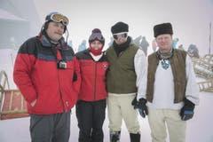 Mitglieder der Hornschlittler aus der Slowakei vor dem Start. (Bild: André A. Niederberger / Neue NZ)