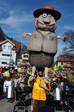 Kinderfasnacht mit Umzug am Güdismäntig in Alpnach. Im Bild die Städerschränzer. (Bild: Markus von Rotz / NZ (27. 02. 2017))