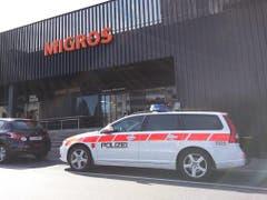 Grosse Polizeipräsenz im ganzen Gebiet. (Bild: Geri Holdener / Bote der Urschweiz)