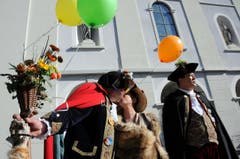 Kinderfasnacht mit Umzug am Güdismäntig in Alpnach. Im Bild Zunftmeisterpaar Thomas III. mit Frau Margrit. (Bild: Markus von Rotz / NZ (27. 02. 2017))