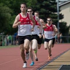 Der TV Inwil beim 1000 Meter-Lauf. (Bild: Pius Amrein)