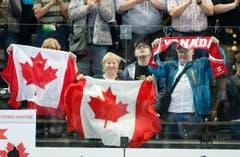 Die kanadischen Fans triumphieren. (Bild: Stefan Kaiser (Neue ZZ))