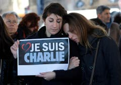Platz 2: «Charlie Hebdo» (Bild: AP / Claude Paris)