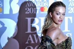 Rita Ora posiert für die Kamera. (Bild: Keystone)