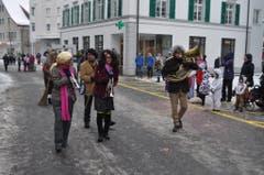 Am SchmuDo gehören die Einsiedler Strassen den Fasnächtlern. (Bild: René Hensler, maeuderball.ch)