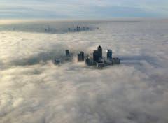 Nicht nur die Schweiz kennt Nebel: Hier ein Bild aus London (Bild: Keystone)